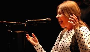 La capacidad vocal de Rocío quedó patente en los fandangos.