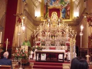 Altar de la Virgen de Montemayor para la novena.