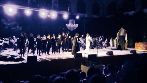 'El Fantasma de la Ópera' emociona en el Monasterio de la Luz de Lucena