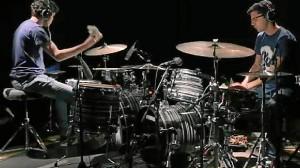 Los jóvenes bateristas se han unido para concursar.