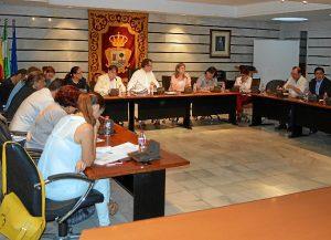 El ayuntamiento de Punta Umbría adelantará las ayudas a los mariscadores.