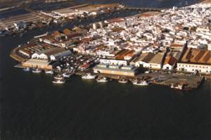 Puerto Pesquero de Isla. / Foto: guiasmasmar.net.