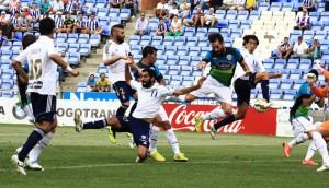 Pedro Ríos rozó el gol en una falta lateral botada por Manu Molina. / Foto: Josele Ruiz.