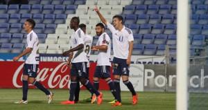 Dani Molina celebra con sus compañeros el gol del empate. / Josele Ruiz.