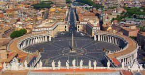 Medio centenar de personas forman la expedición del Recre para la audiencia del Papa.