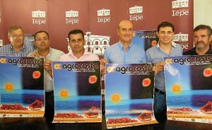 Presentación del cartel de la feria agrícola Agrocosta.