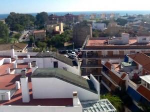 La Torre Almenara de Punta Umbría continúa en pie.