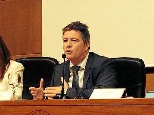 Guillermo Téllez presentó a la secretaria general de la Junta de Andalucía