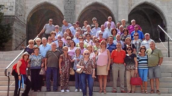 Unos 60 mayores de San Juan conocen el norte de España