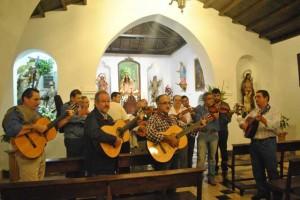 Comienza el Rosario en Zalamea. / Foto: José Miguel Jiménez.