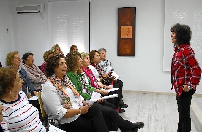 Presentación del taller para mayores en Diputación.