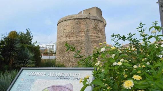 El Vespa Club Onubense organiza dos visitas guiadas a las torres almenara de la provincia