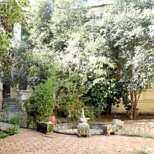 Fuente patio interior del centro. /Foto: Jesica Berrio.