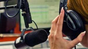 La magia de la radio sigue intacta casi un siglo después.