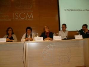 Una de las mesas redondas celebradas en Madrid.
