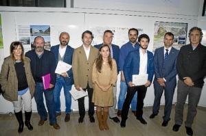Foto de los premiados de la segunda fase del premio Huelva Apunta.