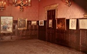 Exposicion de Gomez Feu en el ayuntamiento en su homenaje 1980.