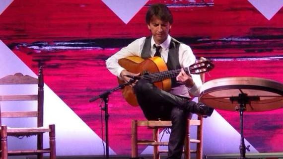 El concierto de guitarra de Manuel de la Luz pone el broche de oro al XXXI Ciclo 'Conocer el Flamenco'