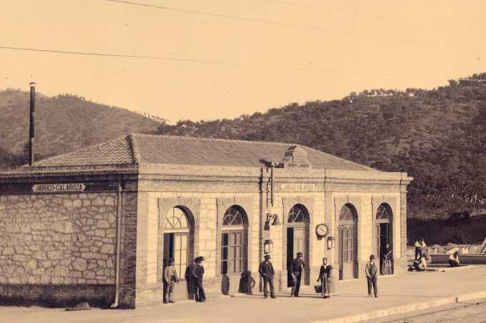 La historia de la línea Huelva-Zafra, a través de las imágenes de Baldomero Santamaría