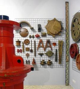 Muestra de la colección de moldes de madera para fundición de las minas de Tharsis. / Foto: E. Molero y M. Santofimia.