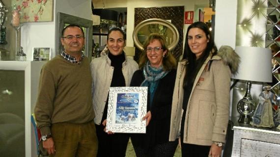 Lepe entrega los premios del concurso de escaparates navideños