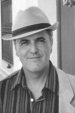 Juan Cobos Wilkins presenta 'Donde los ángeles se suicidan' dentro del ciclo 'Letras Capitales'