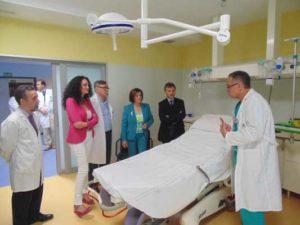 Imagen de una visita de los responsables de la Administración autonómica a la nueva Unidad Materno Infantil.