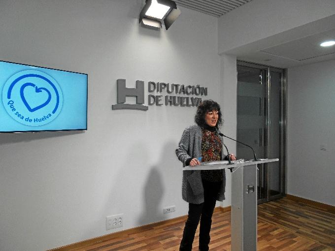 Elena Tobar ha asegurado que los presupuestos tienen como objetivo hacer más feliz la vida de los ciudadanos de la provincia y el fomento de la solidaridad.