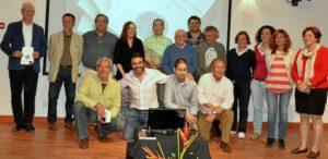 Foto de familia del grupo 'Poetas de Ayamonte.