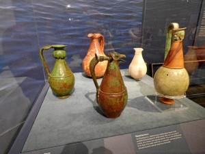 Los jarrones de la necrópolis de La Joya, expuestos en Nueva York.
