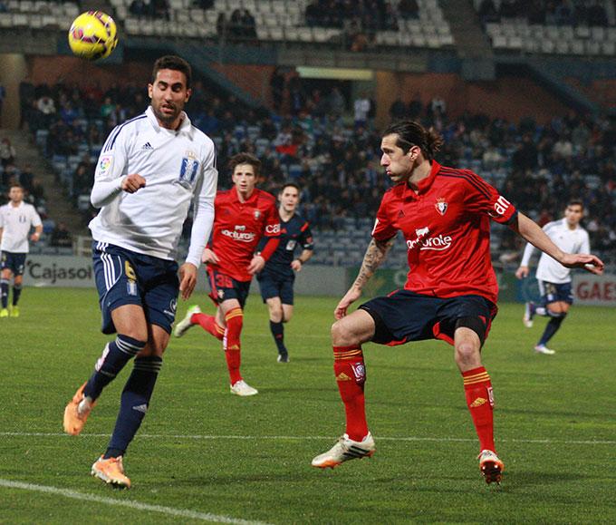 Montoro, en un lance en el partido ante el Osasuna. / Foto: Josele Ruiz.