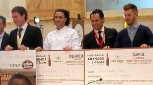 David, recogiendo su premio en la Feria 'Granada Gourmet'.