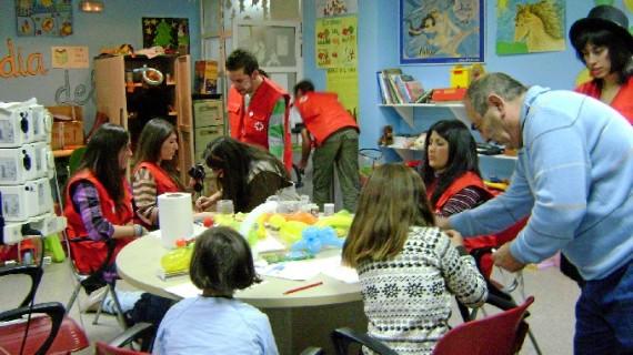 Cruz Roja Huelva acompañó el año pasado a más de mil niños y niñas con el programa 'Atención a la Infancia Hospitalizada'