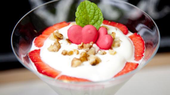 Las fresas, protagonistas de un menú de San Valentín que potencia la felicidad