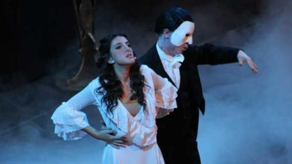 El Liceo de Moguer retoma en Jerez la gira de 'El Fantasma de la Ópera' tras el éxito de 'Queen Sinfónico'
