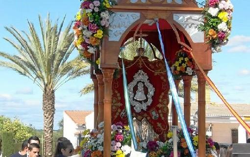 Beas celebra el tradicional 'Clarines Chico'