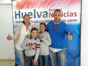 Su equipo es su familia, que lo apoyan y animan en cada una de las competiciones.