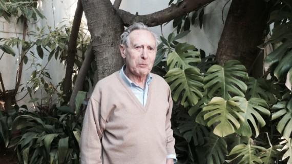 Antonio Álvarez Navarro, a sus 97 años, la historia viva de la medicina onubense