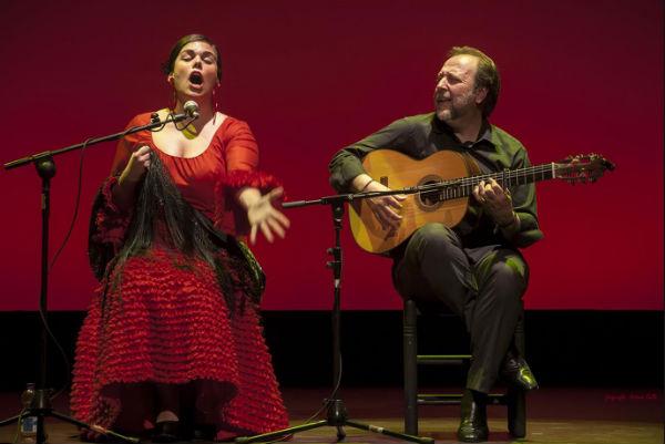 Juan José Téllez y Mari Ángeles Cruzado, en la segunda jornada del Festival 'Esquinas de Acero'