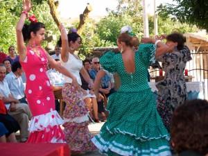 La música en Huelva no está encerrada en una sala de conciertos para un público reducido.