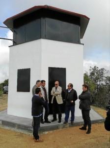 Torre de vigilancia contra incendios forestales en la Sierra del Viso.