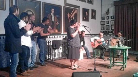 """La Peña Flamenca de la Orden recibe el arte de """"Cantarito"""""""