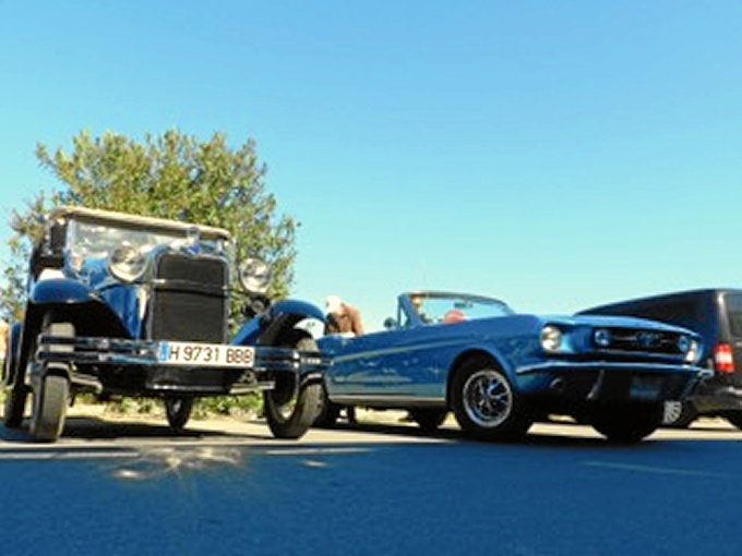 Más de 25 coches acudieron al evento de Huelva Automoción.