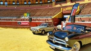 La Plaza de Toros de La Merced se convirtió en un concesionario de coches.