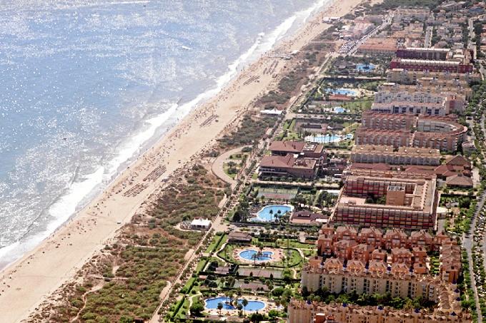 Vista aérea de la playa de Islantilla. /Foto: Mancomunidad Islantilla.