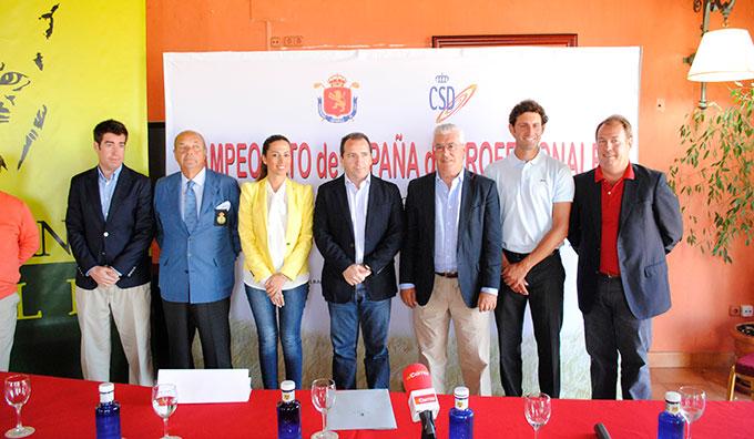 Un momento de la presentación del Campeonato de España de Profesionales de Golf que se va a celebrar en Matalacañas.