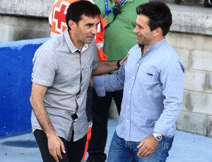 Jose Dominguez junto a Asier Garitano, antes del inicio del Recre-Leganés. / Foto: Josele Ruiz.