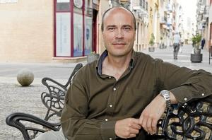 El candidato de la Mesa de la Ría, Rafael Gavilán.