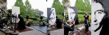 Fornieles pintó en directo un retrato de Kafka en la presentación. / Foto: Zofie Angelic / Facebook ok