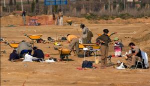 Excavación en el yacimiento de La Orden-Seminario.